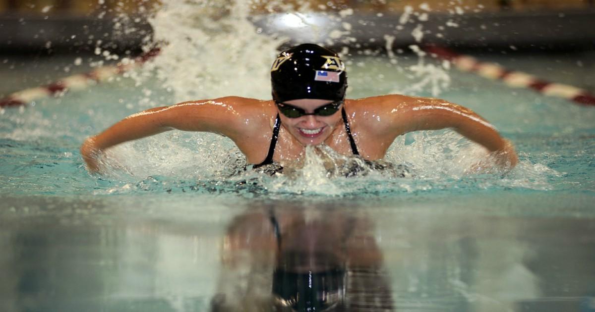 Cvičíte kardio? Vymeňte nudné behanie vo fitku za plávanie