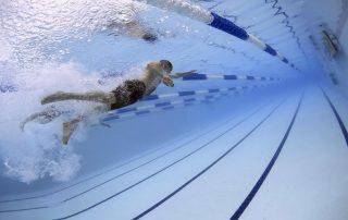 Ste skutočne zdatný vplávaní aláka vás kariéra plaveckého trénera? A čo tak trénerský kurz plávania? Nasledujúci článok vám ponúka niekoľko veľmi praktických rád ako sa stať trénerom plávania. Informácie poskytnuté vtomto článku sú upresnené pre rok 2017/2018.